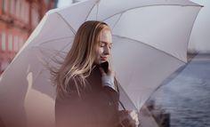 RED - Umbrella, girl, river, morning Зонт, фотосессия, река, девушка, портрет)…