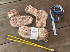 Pantufa Alice Knitted Slippers, Crochet, Alice, Pattern, Cardigan, Harry Styles, Aurora, Blog, Crochet Rag Rugs