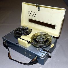 Vintage Ehrcorder Miniature Reel-To-Reel Transistor Tape Recorder, Battery Operated, Made in Japan.