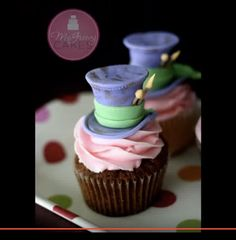 Silly and whimsical, this video tutorial shows how to create a Mad Hatter fondant cupcake topper! Perfect for Alice in Wonderland -themed...