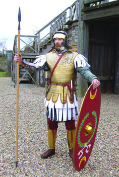 Roman legionary of the Late Second Century AD. Ancient Rome, Ancient History, Byzantine Army, Roman Armor, Roman Legion, Roman Soldiers, Roman History, Medieval Armor, Roman Empire