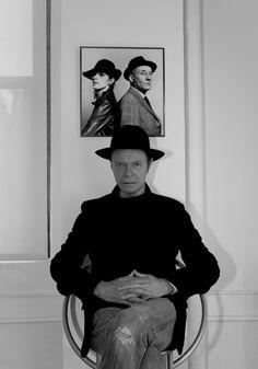 """Bowie cumple 66 años y lo festeja con nuevo single """"Where are we now?"""" y anuncia nuevo disco """"The next day"""" tras diez años de silencio."""