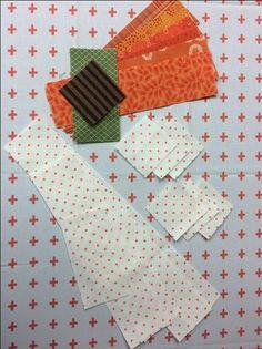 cutting for pumpkin block Big Block Quilts, Quilt Block Patterns, Mini Quilts, Quilt Blocks, Quilting Tips, Quilting Tutorials, Quilting Projects, Pumpkin Quilt Pattern, Halloween Quilts