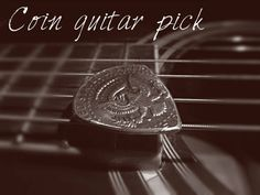 Picture of Cheap Easy Guitar Pick!