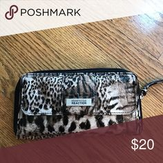 Kenneth Cole Reaction wallet! Leopard print wallet! Hasn't been used a lot! Very spacious! Kenneth Cole Reaction Bags Wallets
