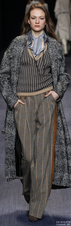 Trussardi Fall 2016 Ready-to-Wear Fashion Show