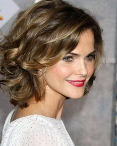 mid-length-haircuts-for-round-faces.jpg 458×573 pixels