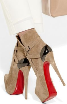 one of my favourite louboutins from recent seasons - louboutin equestria 160. #shoeporn #louboutin