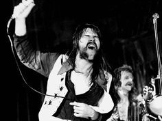 Bob Seger rocks out through the years
