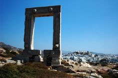 Looking for things to do in Naxos Greece? There are so many things to see, do, & explore in this breathtaking place of natural scenic views. Romantic Honeymoon, Romantic Travel, Greek Island Ferries, Greek Sea, Naxos Greece, Glastonbury Tor, Stuff To Do, Things To Do, Best Greek Islands