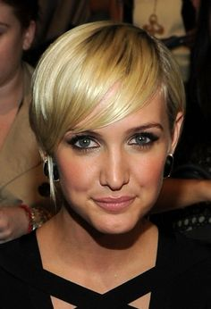 hairstyles for oval diamond shape 2013 | ... Razor Cut with Bangs – Ashlee Simpson Hairstyles | Hairstyles Weekly