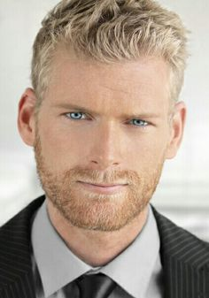 My inspiration for Brad Parker Close-up of young man in suit — Stock Image Hairy Men, Bearded Men, Close Up, Just Beautiful Men, Blonde Guys, Blond Men, Ginger Men, Beard Lover, Ideal Man