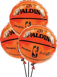 Score one for the team with basketball-themed tableware, decorations, party favors, and other basketball party supplies. Basketball Baby Shower, Basketball Birthday Parties, 13th Birthday Parties, Sports Birthday, Sports Party, Birthday Party Themes, Boy Birthday, Basketball Party Favors, Birthday Ideas