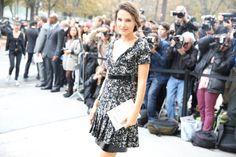 L'actrice Virginie Ledoyen http://www.vogue.fr/defiles/street-looks/diaporama/street-looks-a-la-fashion-week-de-paris-jour-8-1/15531/image/867055#!l-039-actrice-virginie-ledoyen