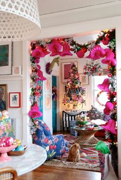 33 The Most Beautiful DIY Vintage Christmas Decor Ideas On A Budget 33 The Most Beautiful DIY Vintage Christmas Decor Ideas On A Budget The post 33 The Most Beautiful DIY Vintage Christmas Decor Ideas On A Budget appeared first on Belle Ouellette. Bohemian Christmas, Whimsical Christmas, Noel Christmas, Vintage Christmas, Xmas, Christmas Mantles, Crochet Christmas, Victorian Christmas, White Christmas
