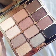 Stila pallets are some of my Fav. They blend, stay put, and last even during a 14 shooting day! Love, Love, Love!