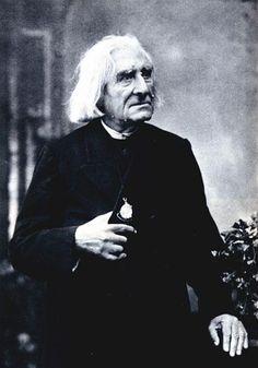 Franz Lizt c 1880 Photographs of the famous by Felix Nadar | The Public Domain Review
