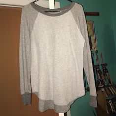 AE crewneck sweater This sweater is just a little bit longer in the back by about an inch. It is thermal, worn about twice. Perfect condition American Eagle Outfitters Sweaters Crew & Scoop Necks