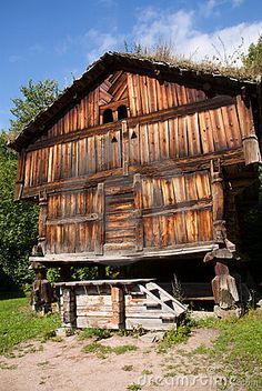 traditional-norwegian-house. Old stsbbur where farmers kept their food.