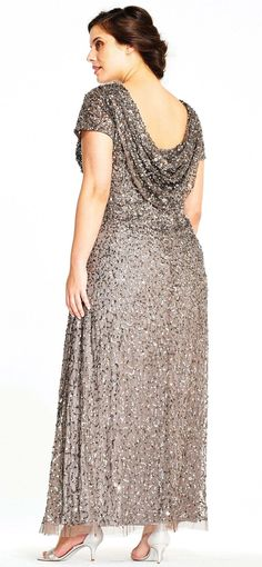 Features crunchy sequin beading, short sleeves, and draped cowl back, with modified skirt for a mermaid-esque silhouette. Perfect for bridal parties and galas. Mom Dress, Lace Dress, Formal Dresses For Weddings, Wedding Dresses, Simple Short Dresses, Mother Of The Bride Dresses Long, Fantasy Gowns, Beautiful Dresses, Elegant Dresses