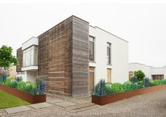 Villa, Sidewalk, Doors, Mansions, House Styles, Outdoor Decor, Home Decor, Patio, Corten Steel
