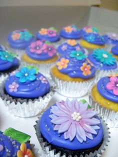 More Cupcakes from my daughters Tangled Party