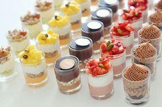 Pin von Annette Forbes auf Mj 10 Geburtstagsfeier im Jahr 2019 in 2020 Bite Size Desserts, Fancy Desserts, Wedding Desserts, Delicious Desserts, Dessert Recipes, Yummy Food, Wedding Cake, Mini Dessert Cups, Dessert Bars