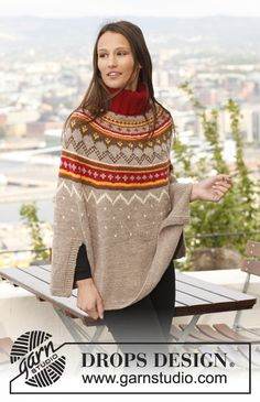 """Knitted DROPS poncho with pattern in """"Nepal"""". Size: S - XXXL. ~ DROPS Design"""