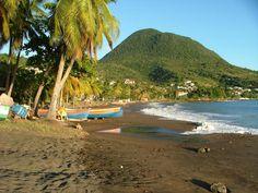 martinique | Plage de sable noir en Martinique | Lire la légende | 01/01/2003 ...