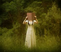 Patty Maher's Enchanting Portraits of Faceless Women