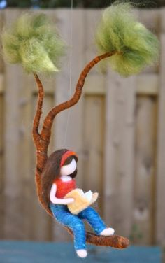 Girls Room Decor needle felted : Girl reading a book in a branch This is a Waldorf inspired piece made of wool by the needle-felting technique. Its been created to provide a peaceful and harmonious image that Needle Felted Ornaments, Felt Ornaments, Crafts For Kids, Arts And Crafts, Felt Fairy, Girl Reading, Reading Room, Boys Room Decor, Room Girls