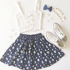 Skirt: blue flowers floral top spring outfits