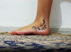 tatuaggio piede 1043