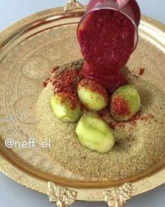 Video by Ramazana özel yemek tarifler (@lezzet_dolu) in Instagram. Bunu beğenenler yoruma kalp bırakabilir mi😍💞💞 Tari..