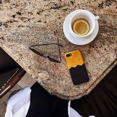 BlackLeather case for your iPhone 7 or 7 Plusmade of full grain vegetable tanned leather that acquires a beautiful patina with time. Using it adds sharper imp