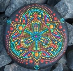 Dot Art Painting, Mandala Painting, Mandala Art, Stone Painting, Mandala Pattern, Mandala Design, Stained Glass Paint, Mandala Rocks, Hand Painted Rocks