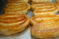 Tereyağlı kolböreği (Pastry made by butter) Homemade Beauty Products, Hot Dog Buns, Butter, Bread, Health Fitness, Breakfast, Desserts, Food, Wordpress Theme