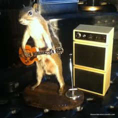 """""""thetaxidermist:    DO YOU DIE FOR THIS OR WHAT?!  Ryan made this dude for us a few months back but we found the old mini 3 watt double stacked amp yesterday for $2!! -Jen    My husband is a genius!!!!""""    http://gnarlitude.com/page/2#"""