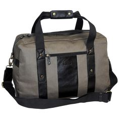 This carry-all duffel bag is great for traveling! It features 3 interior rear wall slip pockets for easy access to your items, a large interior front wall slip pocket, and adjustable and detachable shoulder strap for convenience, a front zip pocket, and an interior rear wall zip pocket.
