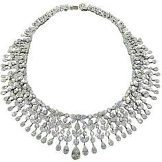 Magnificent Drape Important Diamond Necklace ($395,000) ❤ liked on Polyvore featuring jewelry, necklaces, colar, diamond necklaces, diamond jewellery and diamond jewelry