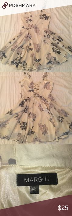 UO | Margot Crepe Floral Day Dress Like new condition (worn once)! Off-white with blue and lavender flowers; corset detailing on back. Urban Outfitters Dresses Mini