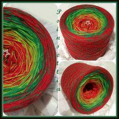 Poinsettia: HB Acryl 3 fädig, 3 Farben im Wechsel  rot apfelgrün grün rot