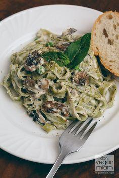 #Vegan Creamy Spinach Tagaliatelle & Mushrooms | vegan miam