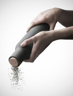 Copenhagen based multidisciplinary design studio Norm Architects created a beautiful, minimalist, grinder. The Bottle Grinder shares the shape of a bo. Design Shop, Life Design, Le Manoosh, Salt And Pepper Grinders, Le Moulin, Cooking Tools, Minimalist Design, Modern Minimalist, Kitchenware