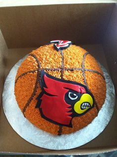 John's Louisville Cardinals birthday cake From Sassy Cakes in Knoxville. Definitely recommend her! He's going to die! 10th Birthday, Birthday Parties, Birthday Ideas, Birthday Cakes, Create A Cake, Order Cake, Louisville Cardinals, Sports Party, Fancy Cakes