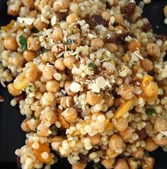 Moroccan couscous & chickpeas