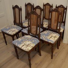 Set med 8 antika Nyrenässansstolar