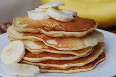 Gezonde pannenkoek met ei en banaan (voor 2 personen) Dit heerlijke recept is makkelijk, gezond en kinderen zijn er dol op. Probeer het maar, je zult het heerlijk vinden! Wat heb je nodig? Ingrediënten: – 1 rijpe banaan – 2 eieren – scheutje olie om te bakken (echt waar, meer heb je niet nodig!) Benodigdheden: …