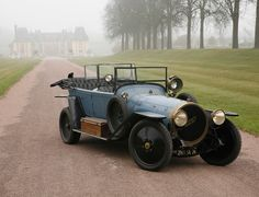 The chassis alone cost considerably more than an average automobile and was primary competition for Panhard et Levassor, Renault and Rolls-Royce - many Type O6s were ordered by the military or heads of state - 1913 Delaunay-Belleville type O6