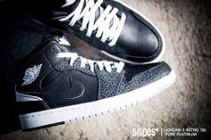 "Air Jordan 1 Retro '86 ""Pure Platinum"" ab dem 12.04.2014 bei SNIPES erhältlich."